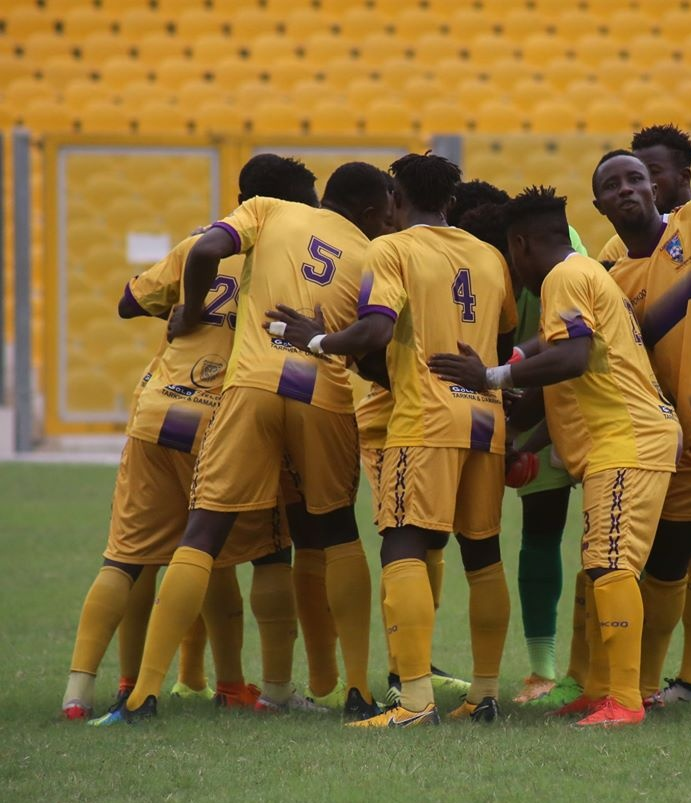 20/21 Ghana Premier League matchday 14: Medeama SC display impressive form to beat Bechem Utd 2-0