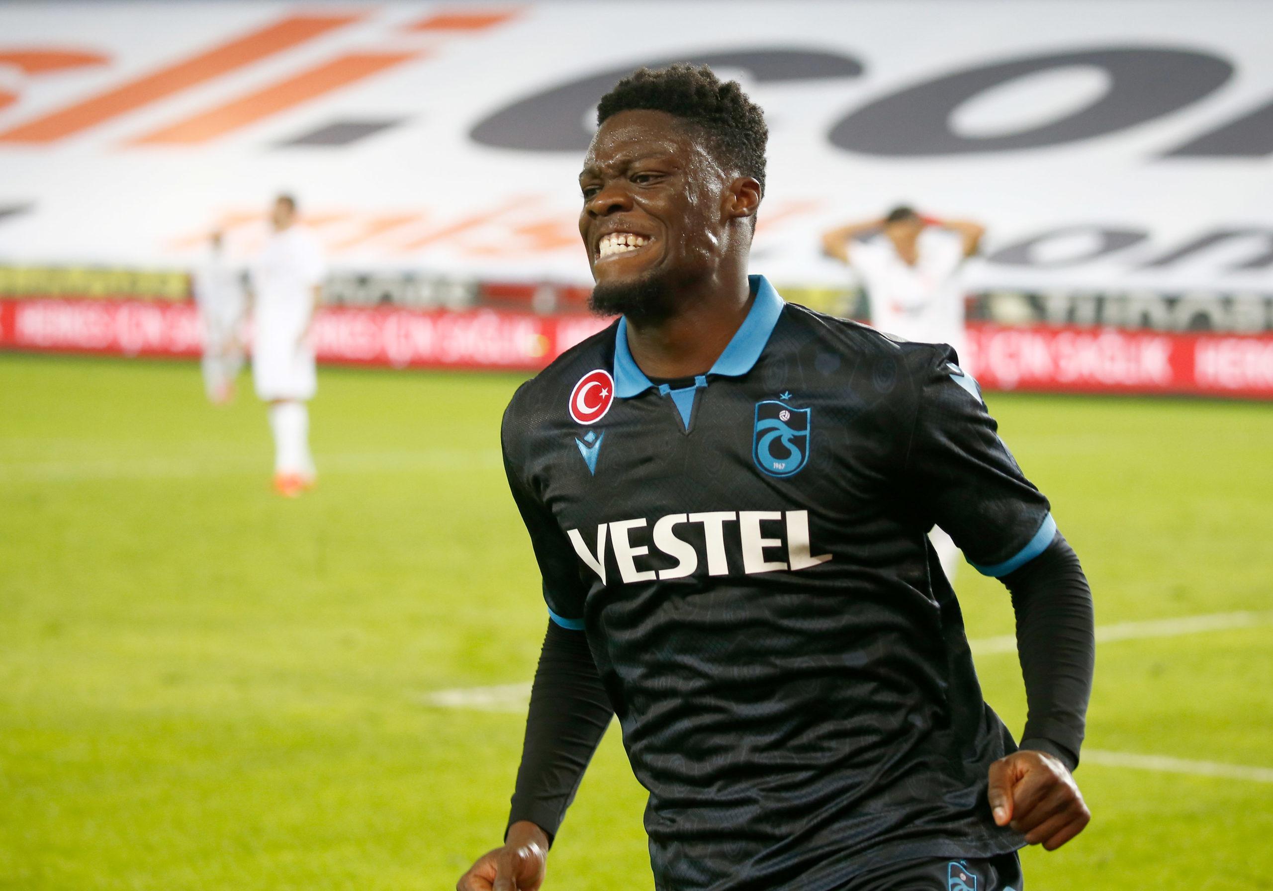 PHOTO: Caleb Ekuban misses glorious opportunity against Sivasspor