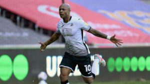 Newcastle supporters react as Andre Ayew is linked with a move to the club