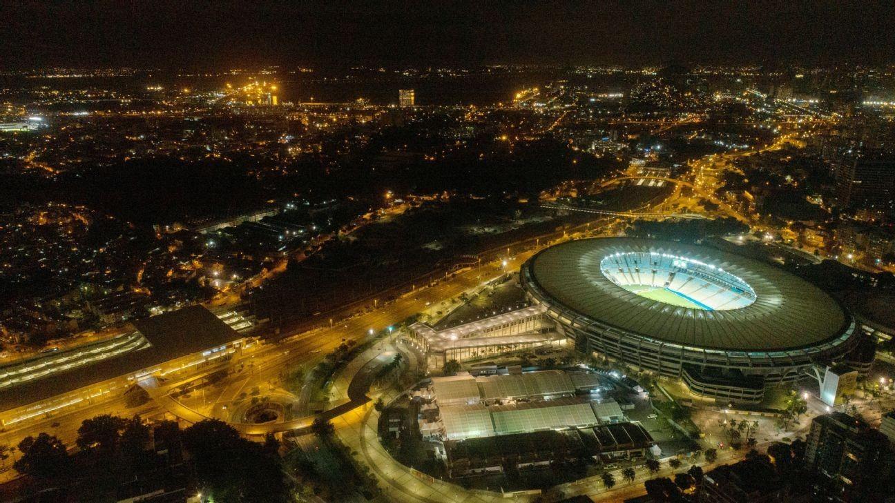 Outcry forces Rio to nix naming Maracana after Pele