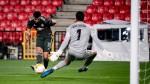 Man Utd's Fernandes scored with one eye - Ole