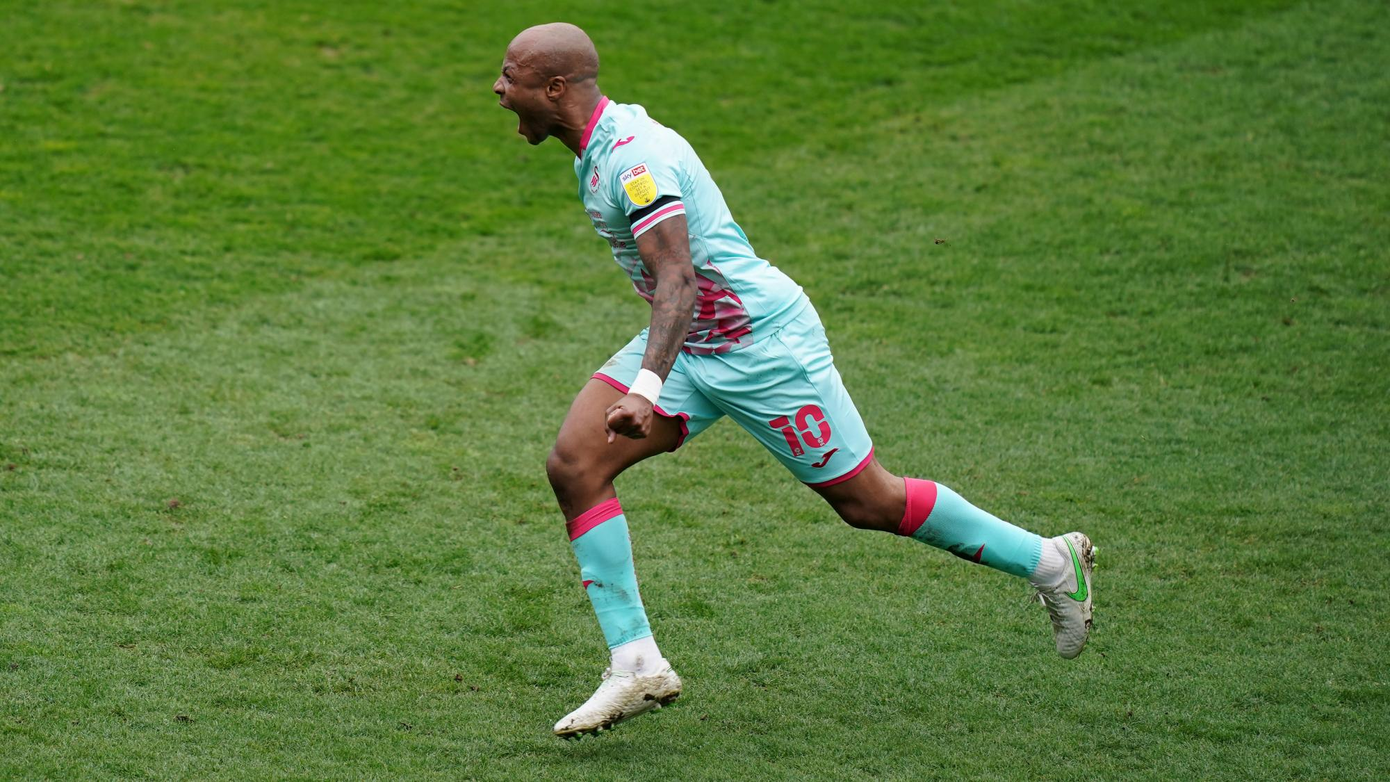 VIDEO: Andre Ayew scores and assists as Swansea City thrash Millwall