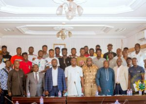 2021 U-20 Afcon: Black Satellites players receive cheques as goverment fulfills US$5,000 pledge