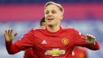 Donny van de Beek 'offers himself' to Barcelona