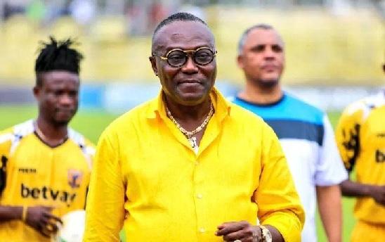 Dr Kwaku Frimpong blames referee Jacob Aduntera for Ashantigold's defeat to Medeama