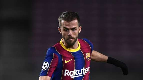 LIGA - Barcelona pushing hard to find a new team for Pjanic