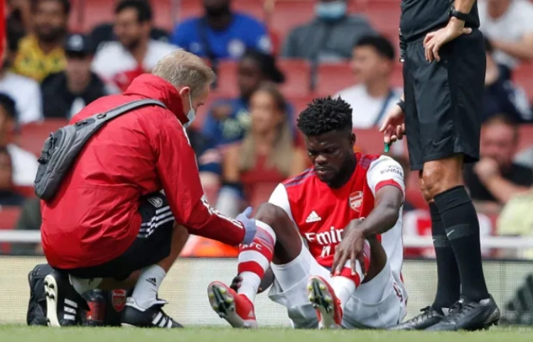 Ghana midfielder Thomas Partey sustains new injury while in action for Arsenal in pre-season