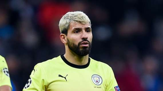 LIGA - Aguero plays in friendly match to get back in shape