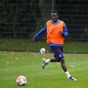 Ghana defender Daniel Opare undergoes trials at Karlsruher SC in Germany